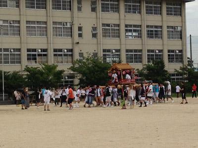 男山中学校の太鼓まつり