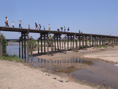 流れ橋復旧